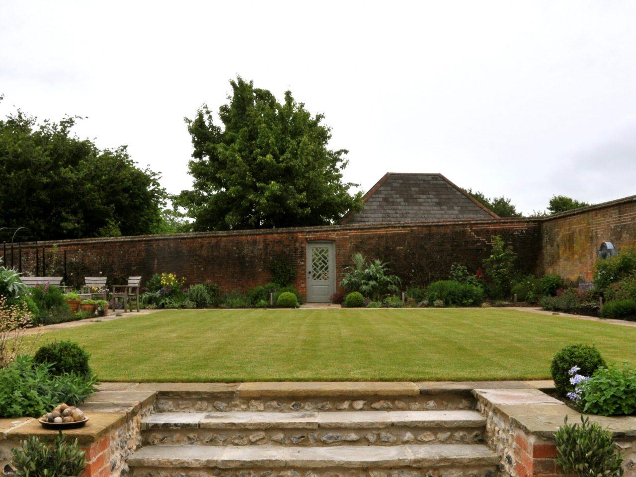 Walled Garden Central Axis